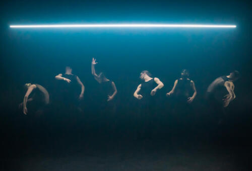 Overflow by Alexander Whitley Dance Company, photo by Johan Persson 5
